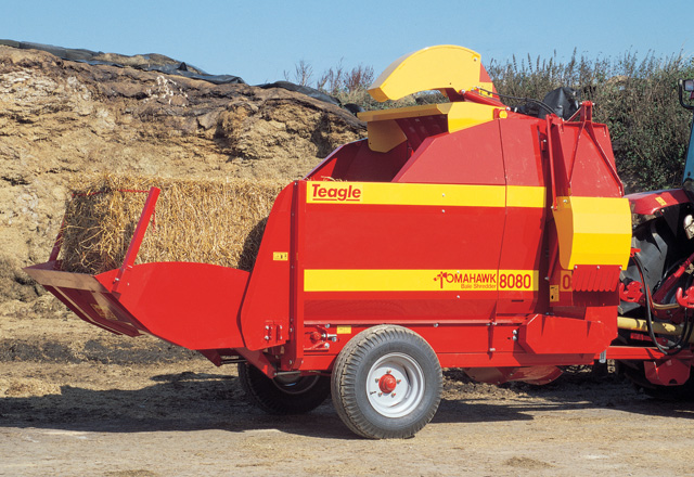 Tomahawk 8080TC Twin Chute Bedder